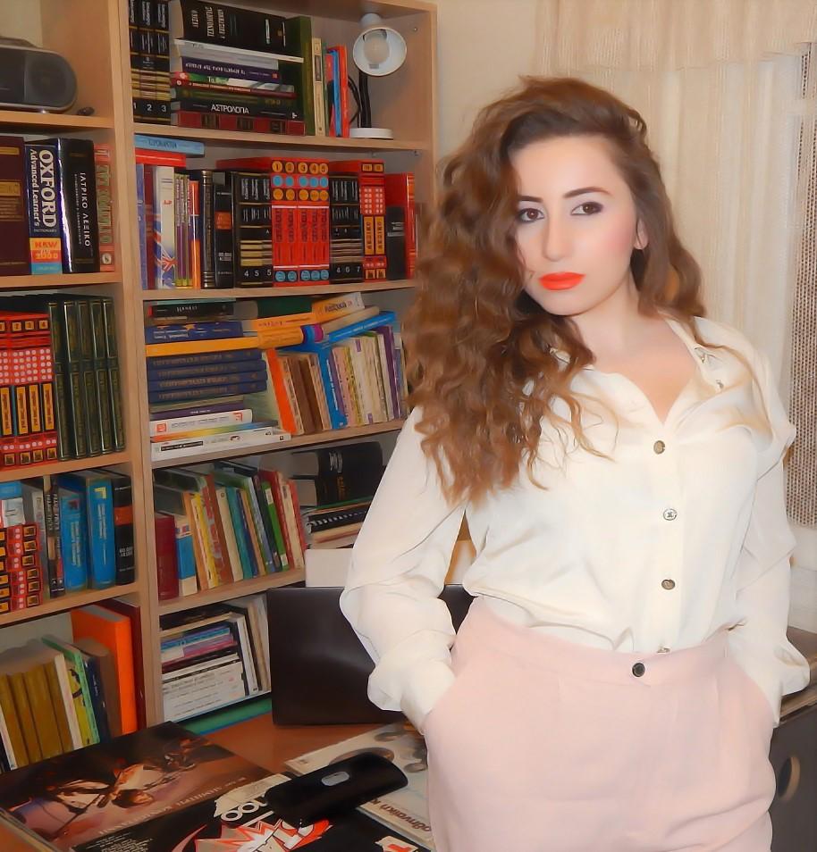 lorena-stroka-gazetare-foto-biografia-wikipedia-age-instagram-facebook-kush-eshte-lorena-stroka-books-age-gazeta-albstroka-2017