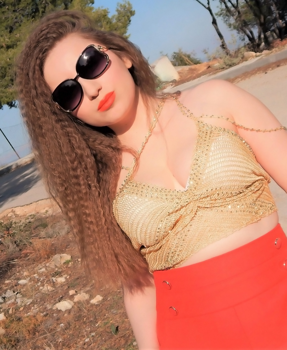 lorena-stroka-wikipedia-foto-age-biografia-2017-gazetare-instagram-facebook